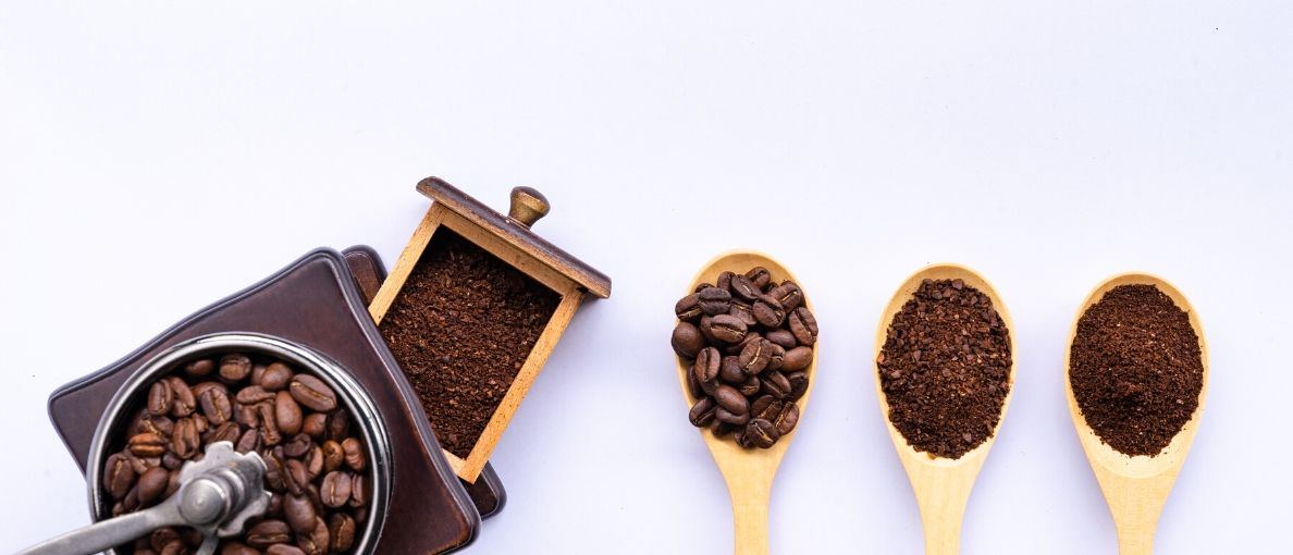 Best Manual Coffee Grinder featured image